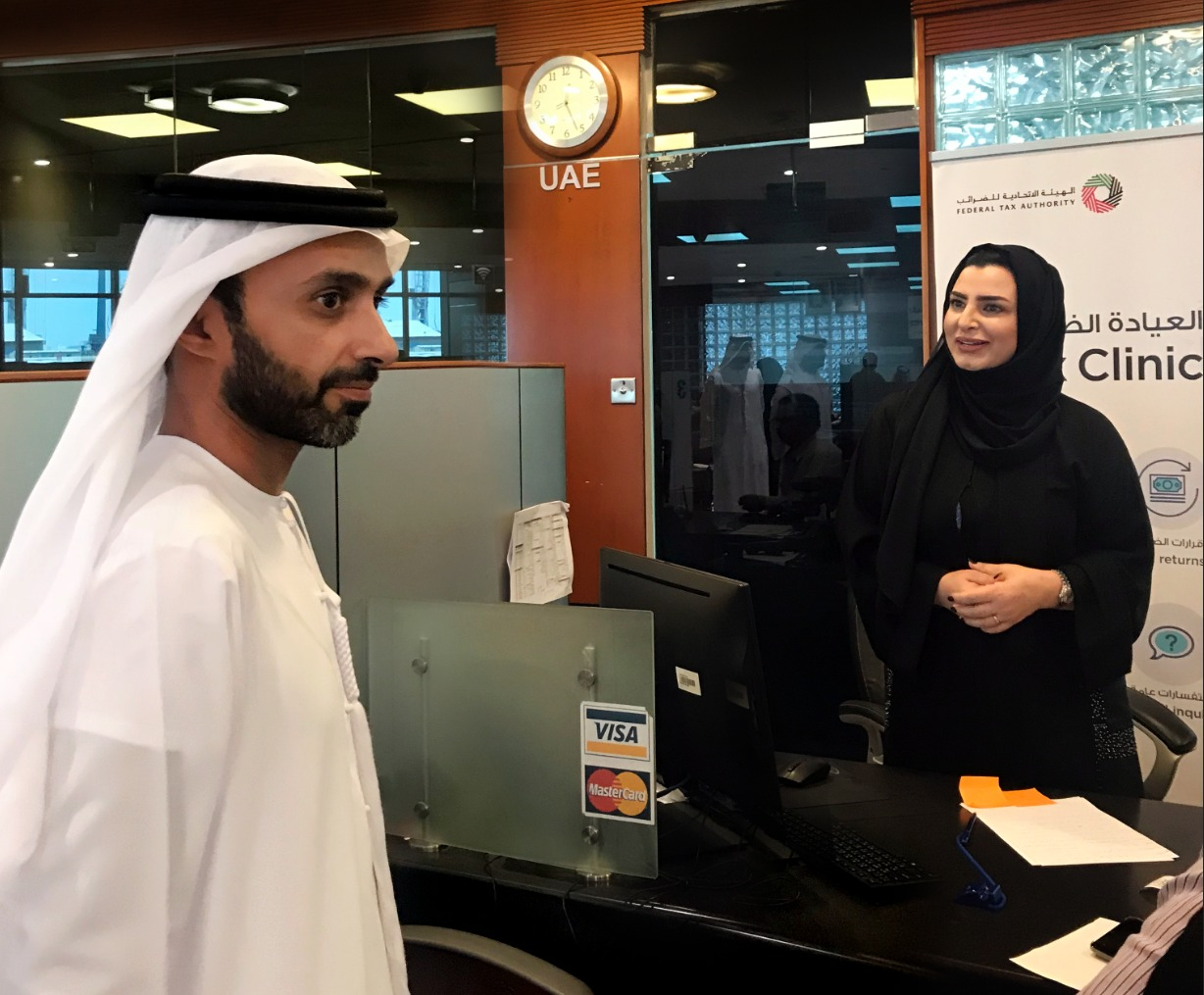 ahmed-al-nuaimi-visits-tax-clinic-in-ajman-free-zone